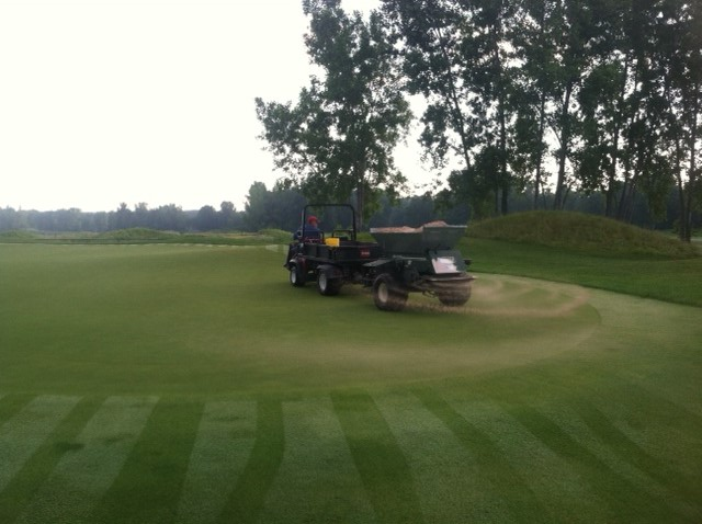 Bucks Run Golf Club Mount Pleasant MI Topdressing