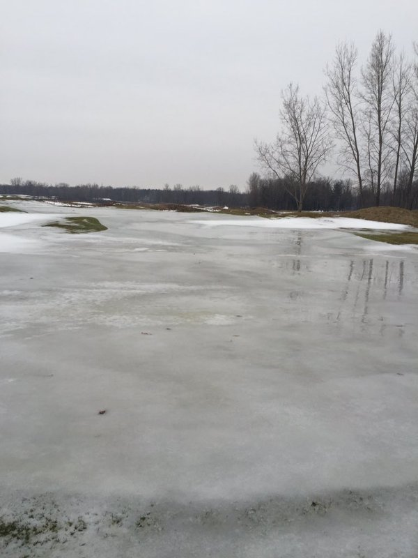 Bucks Run Golf Club Mt Pleasant MI ice