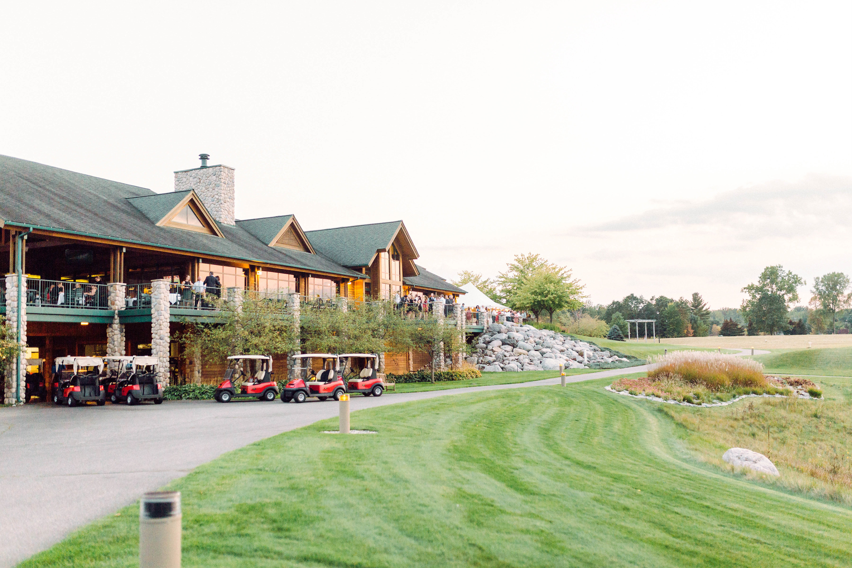Bucks Run Golf Club Mt. Pleasant MI Outdoor Patio Veranda